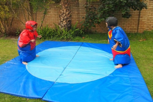 Kids Sumo Suits Hire